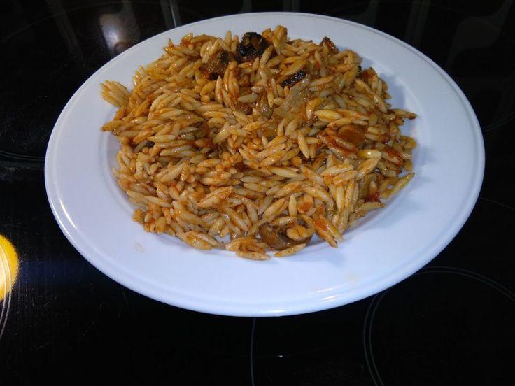 Γιουβέτσι με μανιτάρια στην κατσαρόλα