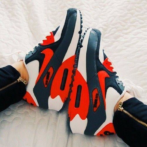 Awesome Nikes - Shoes and beauty