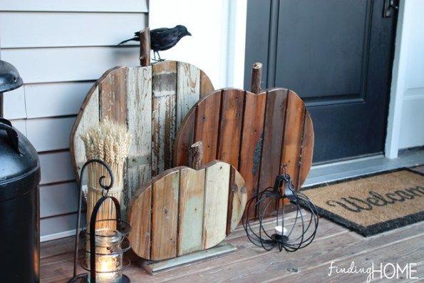 DIY RECLAIMED WOOD PUMPKIN FALL DECOR