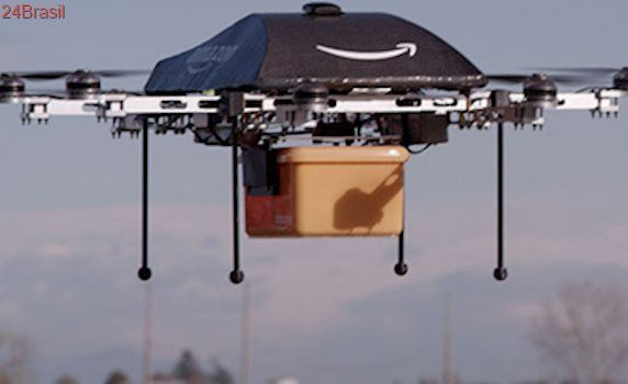 Amazon estuda jogar de drones suas encomendas usando paraquedas