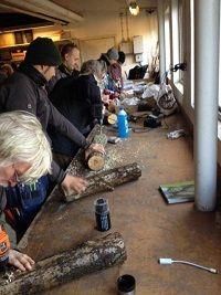 Kurs i stockodling - Lär dig hur man odlar gourmetsvampar på stockar, stubbar och i odlingsbäddar hemma i trädgården. Nästa kurstillfälle hålls i Ecofungis lokal på Rönnviksgatan 13 i Malmö den 14 september klockan 10-15.