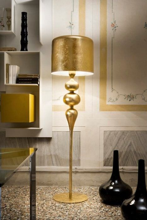These Eva gold lamps with golden lamp shades by Masiero are embracing this year's hottest color and trend in home decor. The Italian company presents these sexy, sculptural and...