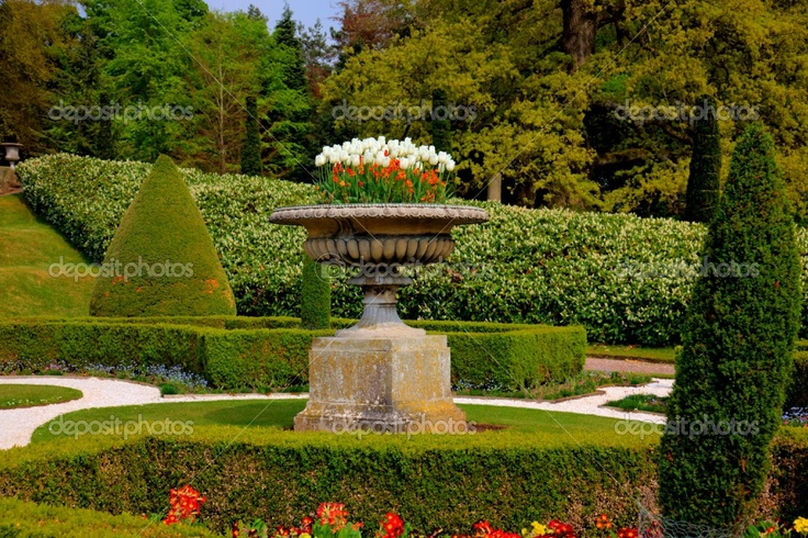 17 best images about formal english gardens on pinterest for Formal english garden designs