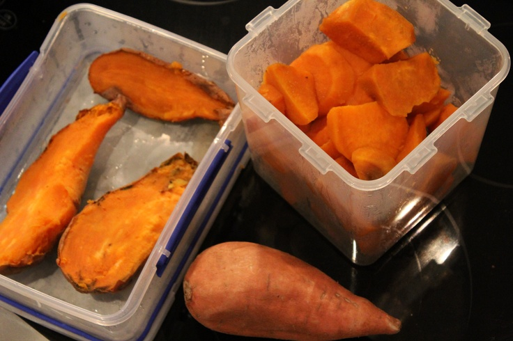 How to cook & store sweet potatoes in bulk.  Video:  http://youtu.be/Twyun8HQmAY