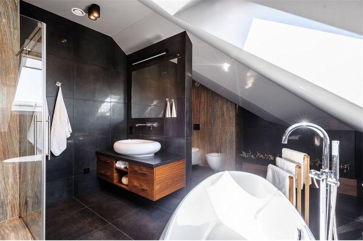 Nowoczesna łazienka znajdująca się w Żorach przy ulicy Śląskiej. Zapraszamy do zapoznania się z pełną ofertą.