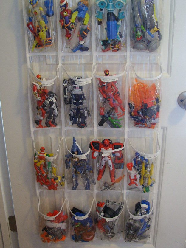 Boys closet organized by Organize & Decorate Everything: Boys Bedrooms, Boys Rooms, Shoes Organizer, Action Figures, Shoes Organizations, Toy Storage, Storage Ideas, Kids Rooms, Toys Storage