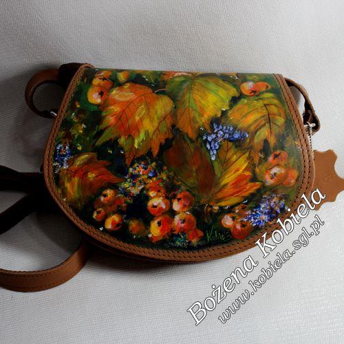 torebka ze skóry licowej ręcznie malowana odpowiednimi barwnikami do skór naturalnych . Można w sposób nieskrępowany użytkować więcej .. www.kobiela.sgl.pl zapraszam - Bożena Kobiela