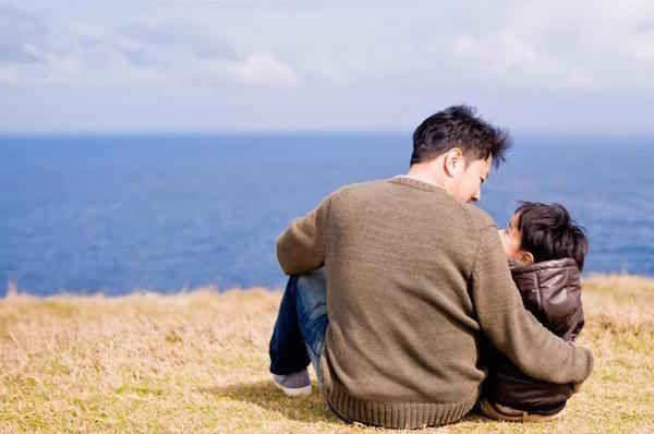 Un jour, dans une contrée lointaine, un homme extrêmement fortuné envoya son fils à la campagne car il voulait que son fils connaisse la pauvreté. Découvrez l'astuce ici : http://www.comment-economiser.fr/homme-riche-envoie-fils-campagne-pauvre.html?utm_content=buffer3a3d3&utm_medium=social&utm_source=pinterest.com&utm_campaign=buffer