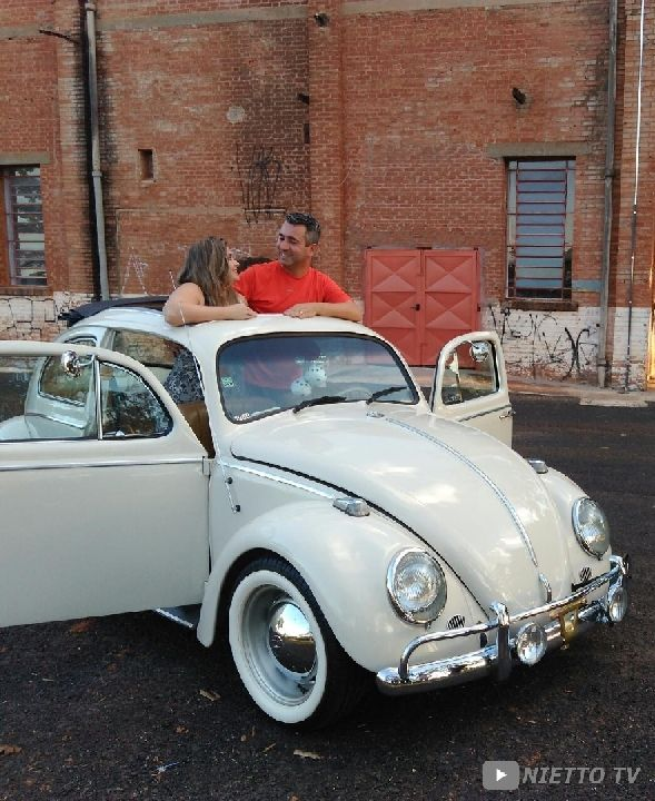 "Fusca 68 ""BONO VOLKS"" Ragtop. Old Beetle with sunroof.  NIETTO TV -  https://www.youtube.com/user/N13770"