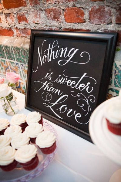 dessert table sign - It could totally be done in brown and pink!