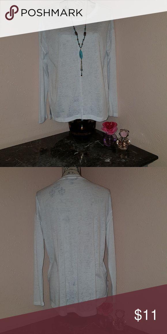 Banana Republic t-shirt long sleeve So comfortable and beautiful t-shirts Banana Republic Tops Tees - Long Sleeve