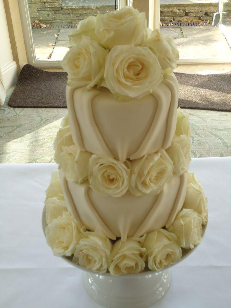 Iced wedding cakes from Contemporary Cake Designs, Cheltenham, Cotswolds contemporarycakedesigns.com
