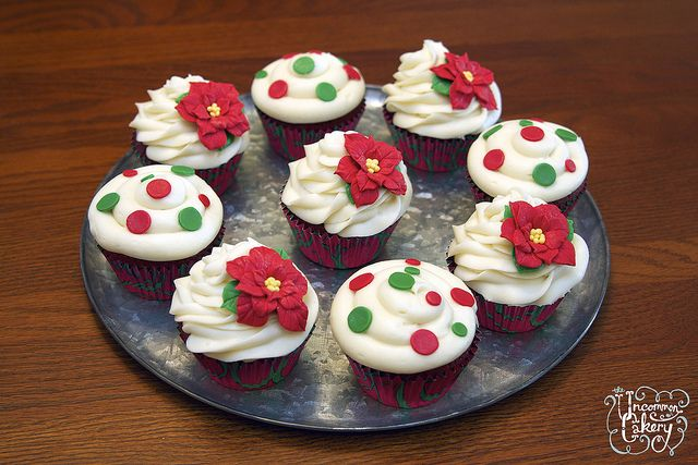 Red Velvet Christmas Cupcakes | Anything Christmas | Pinterest