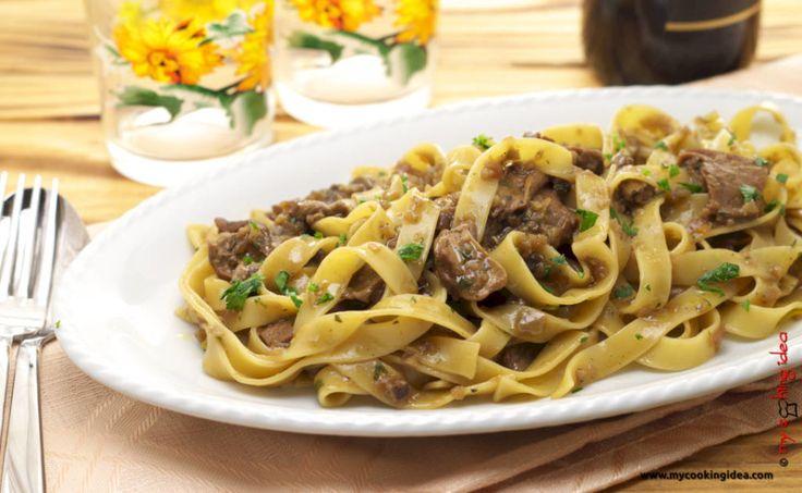Tagliatelle con funghi porcini, ricetta - My cooking idea http://www.mycookingidea.com/2015/10/tagliatelle-con-funghi-porcini/
