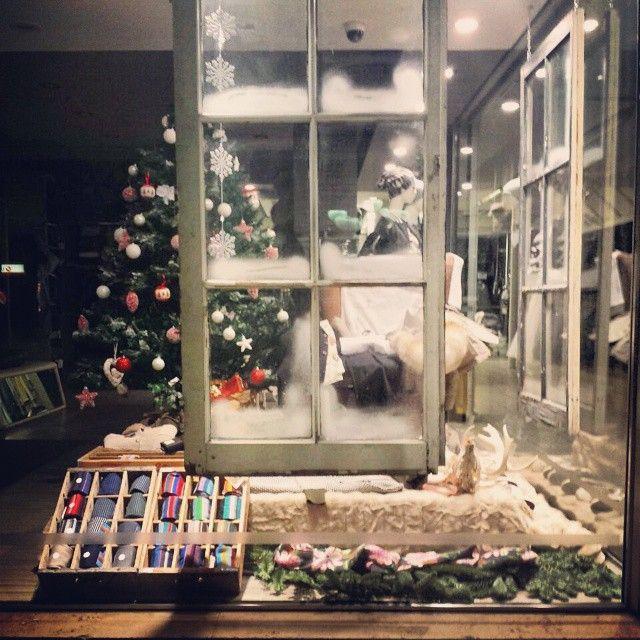 Waiting for Christmas #socks #gallo #fashion #jstore #jstorejesolo #jesolo #Christmas