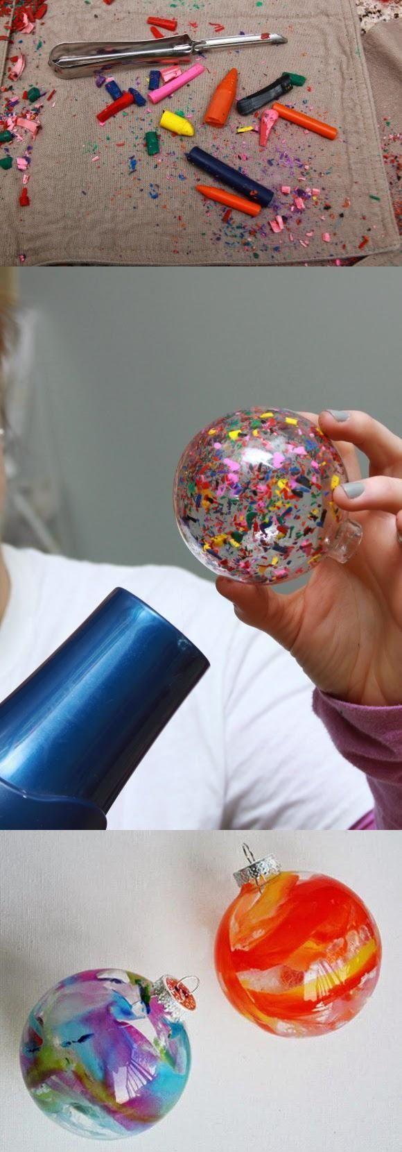 Boules de Noël (ou simples sphères transparentes) remplies de belles choses