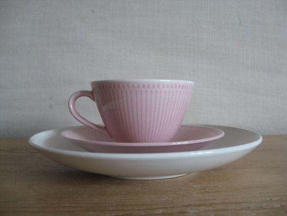 Danish ceramics #love http://www.acutabovetheretsy.com/2013/01/danish-mood.html