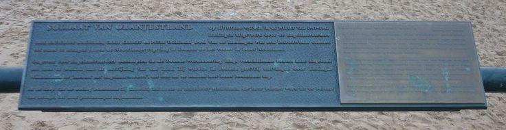 Dit is een monument in Scheveningen gemaakt voor Erik Hazelhoff Roelfzema (Soldaat van Oranjestrand).