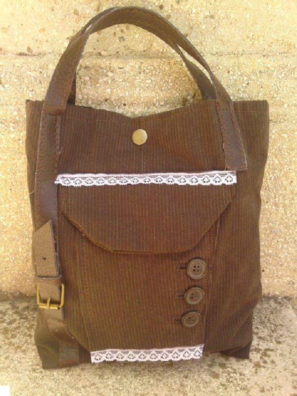 Barna csíkos táska