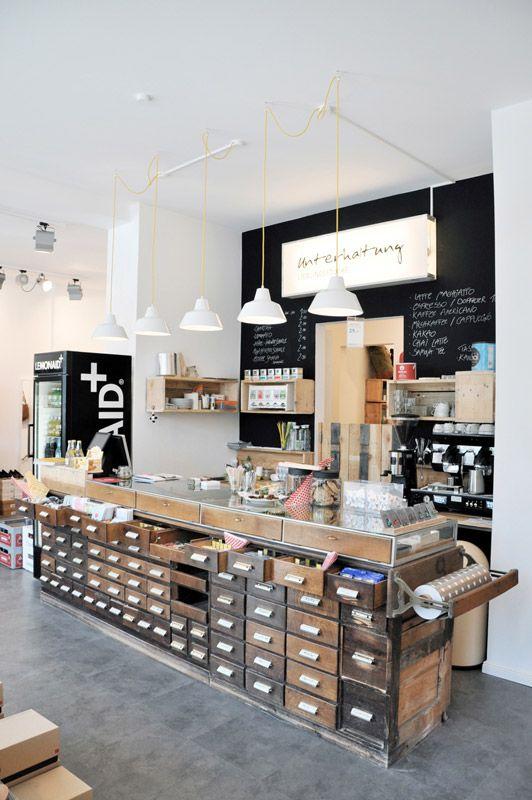 Unterhaltung Lieblingsstücke - Mode, Design, Café - Lehmweg 34, Hamburg
