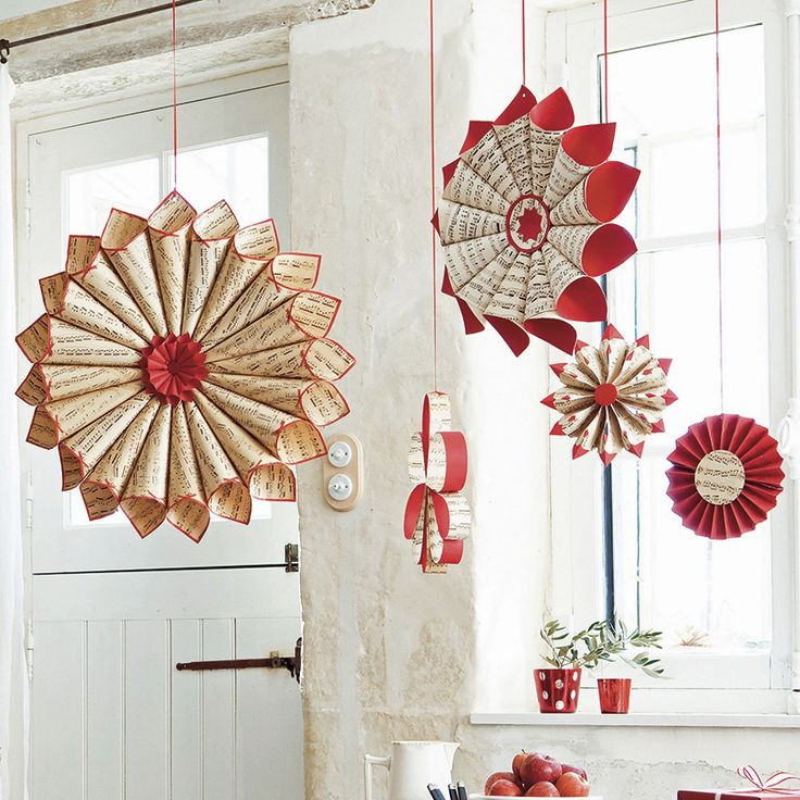 Julpyssel 5: Rulla vackraste pappersstjärnorna