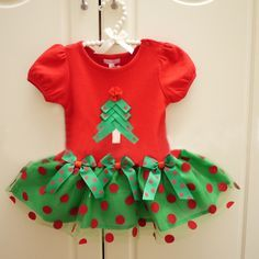 Christmas outfits for girls 28 #outfit #style #fashion