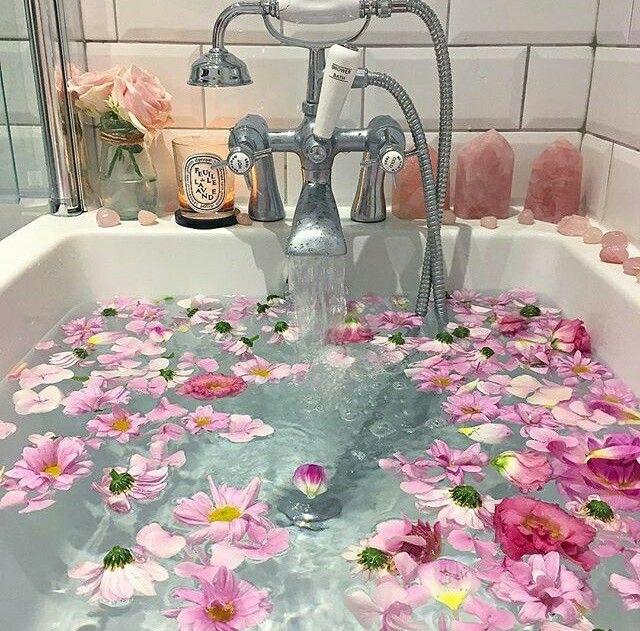 Rose petals in the bathtub
