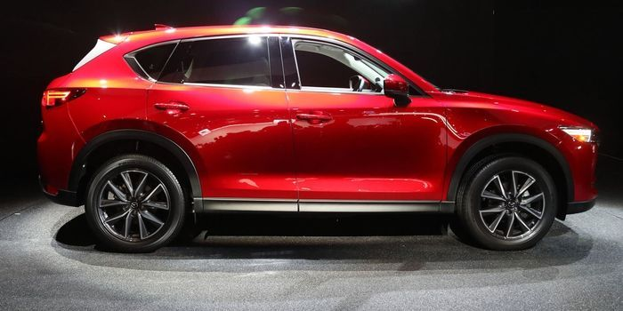 The 2017 Mazda CX-5 Will Have Diesel Engines and Manual Transmissions   As for whether you'll be able to get a diesel and a manual? Mazda still won't say.  Mazda makes cars for the masses but it always keeps enthusiasts in mind. That much is evident with the new 2017 CX-5 which unlike most of its competition will be offered with a diesel engine and a manual transmission. Mazda hasn't decided whether it'll offer the diesel and the manual in tandem but regardless this is good news.  The…