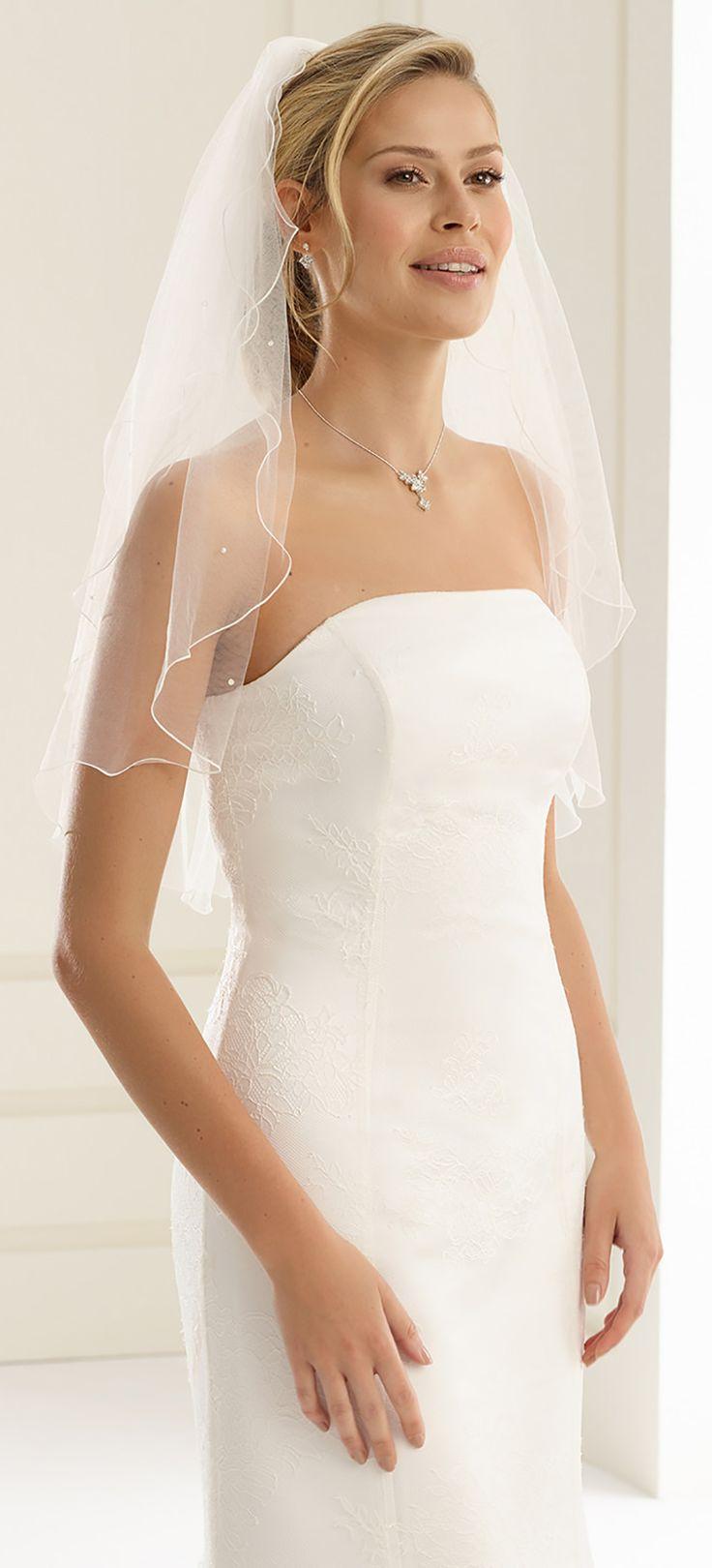 Astonishing veil S22P from Bianco Evento #biancoevento #veil #weddingdress #weddingideas #bridetobe
