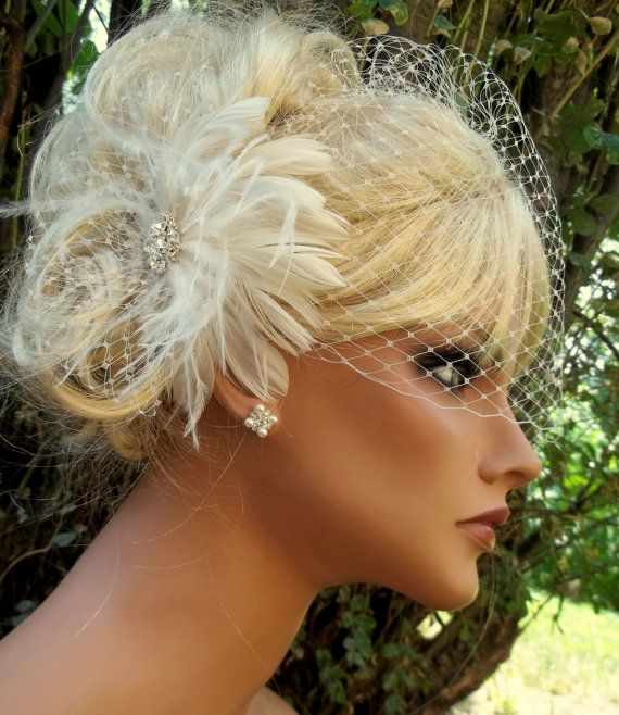 Bridal Fascinator, Birdcage Bridal Veil, Feather Fascinator, Wedding Hair Clip White or Ivory 2 piece set, Wedding Set, Womens Accesories