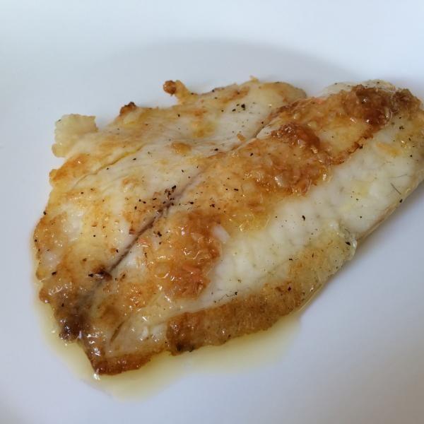 Aprende a preparar filete de pescado al jengibre con esta rica y fácil receta.  En esta receta aprenderás a realizar un filete de pescado blanco a la plancha, que...
