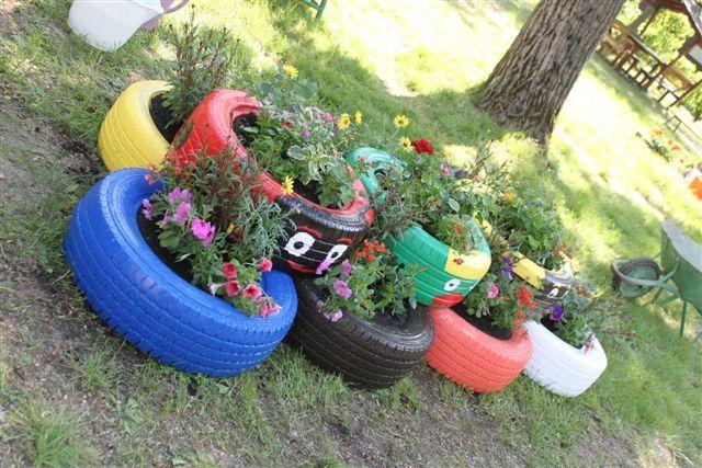 virágtartó autógumikból