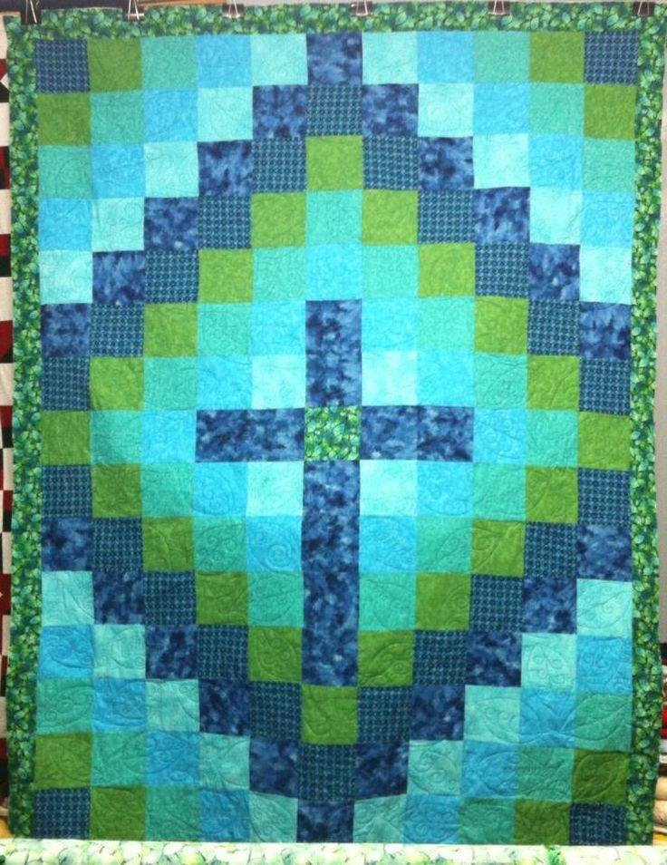 Christian Cross Pattern Christian quilt | Via ...