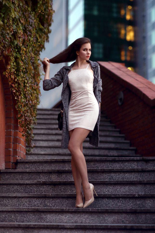 Pin By Steve On 1c Ariadna S White Sheath Dress Dresses Fashion
