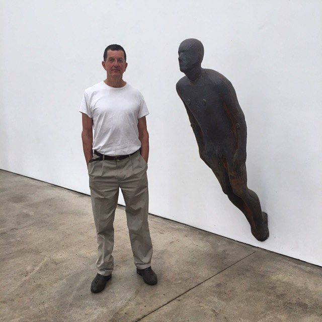 #AntonyGormley in his London Studio today #inthestudio #whitecubebehindthescenes
