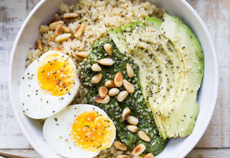 pesto quinoa breakfast bowls 4 petit dej 39 sains. Black Bedroom Furniture Sets. Home Design Ideas