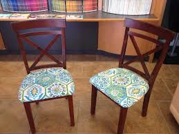 Image from http://roadkillrescue.net/wp-content/uploads/2014/07/reupholstered-chairs-1024x768.jpg.