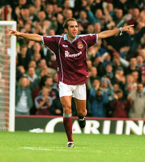 Who scored the best goal in 20 years of the Premier League - For me is got to be DI Canio's scissor kick against Wimbeldon - http://www.bbc.co.uk/blogs/philmcnulty/2012/04/who_scored_the_best_goal_in_pr.html
