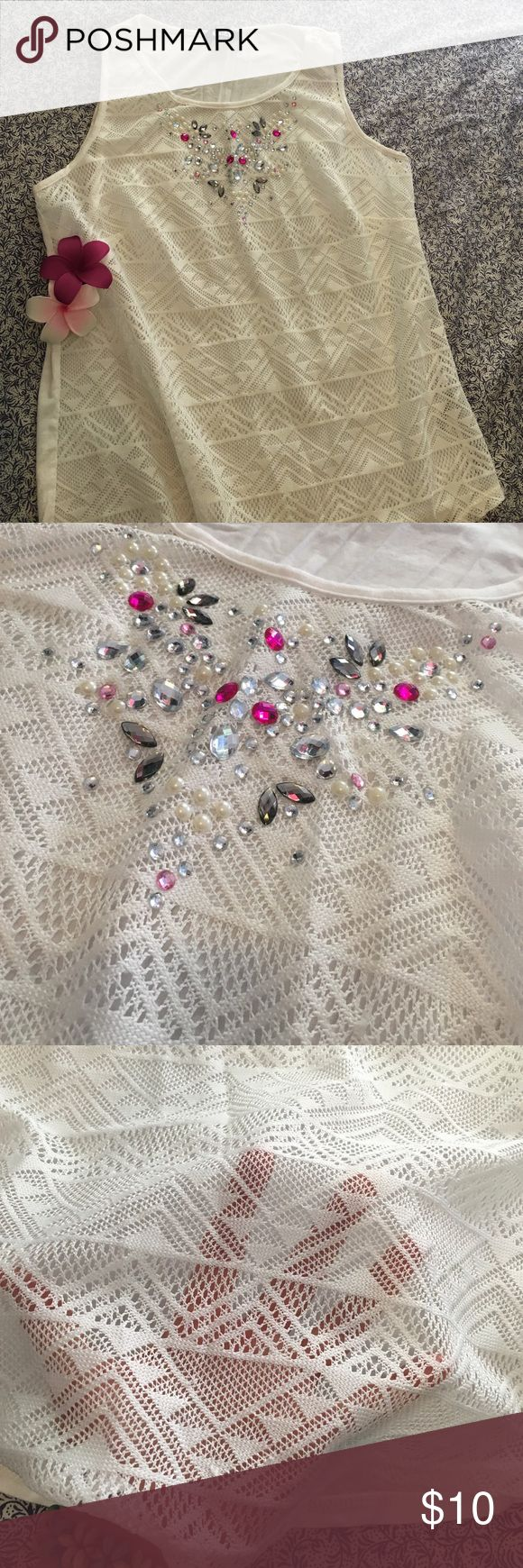 🌸 sparkly detail top 🌸 White vest top with lovely sparkle 'jewels' on the front - excellent condition - worn only once 💜 George Tops