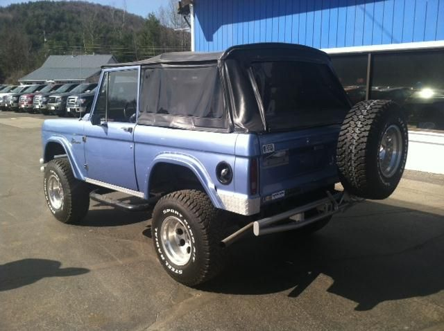 blue Ford Bronco early Ford small SUV