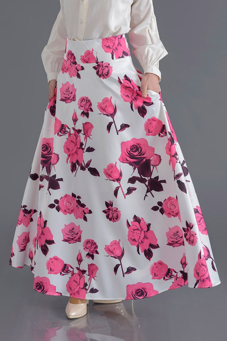 • FLORAL WHITE SKIRT • from Croyance London