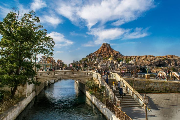 Tokyo DisneySea For Adults: A magical world