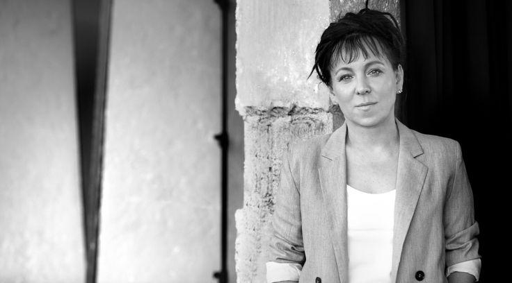 """""""Nie ma żadnej historii, istnieją tylko życia ludzi"""" Olga Tokarczuk"""
