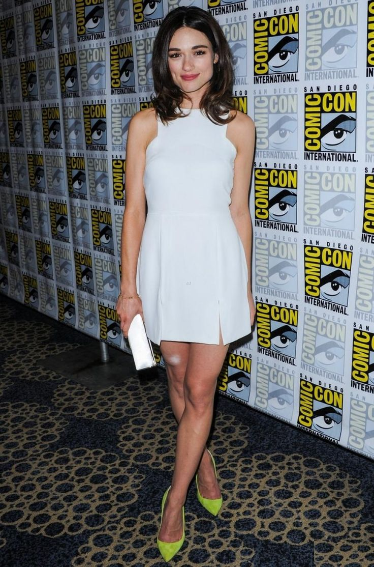 Crystal Reed @ 2013 San Diego Comic Con - nice pop of color from the lime green shoes