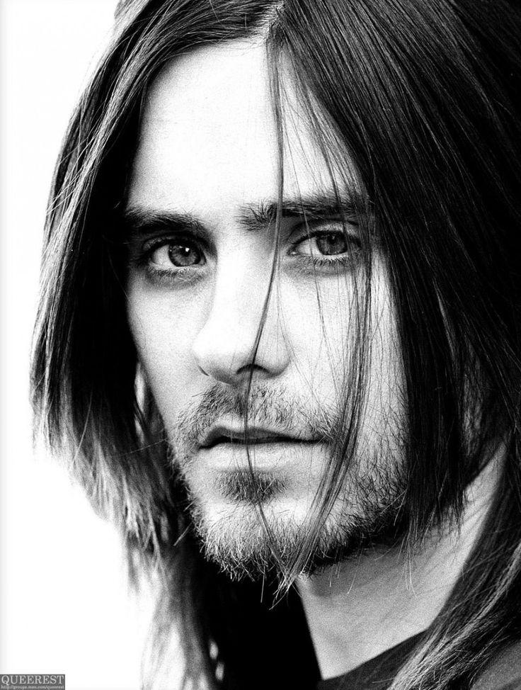 http://prepsterpunk.com/wp-content/uploads/2013/11/Jared-Leto-Girlfriend-881x1167.jpg