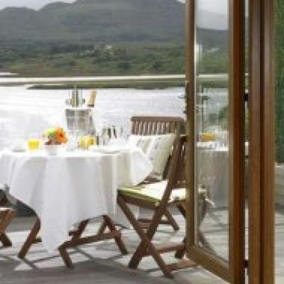 Win a romantic weekend for two people at the lovely Sneem Hotel in Co Kerry. Prize includes two nights bed and breakfast, dinner on one evening, and a bottle of Prosecco on arrival! Fabulous room with balcony