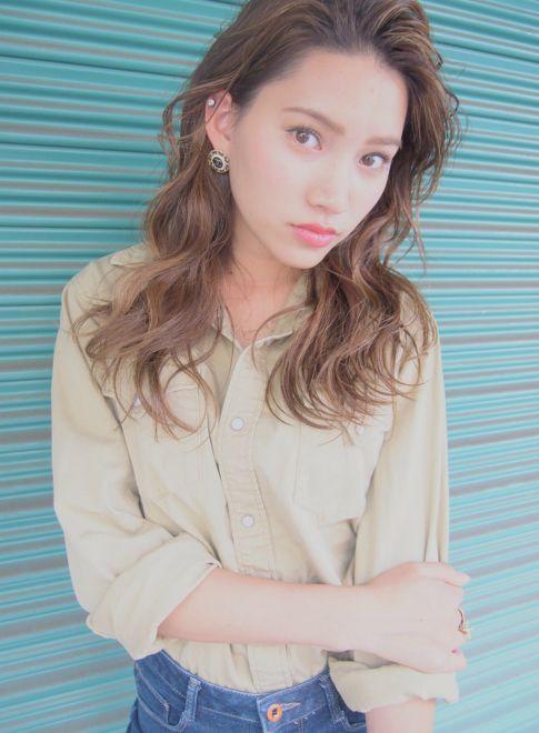 外国人風 / かきあげバング 【LOAVE AOYAMA】 http://beautynavi.woman.excite.co.jp/salon/26916?pint ≪ #mediumhair #mediumstyle #mediumhairstyle #hairstyle・ミディアム・ヘアスタイル・髪形・髪型≫