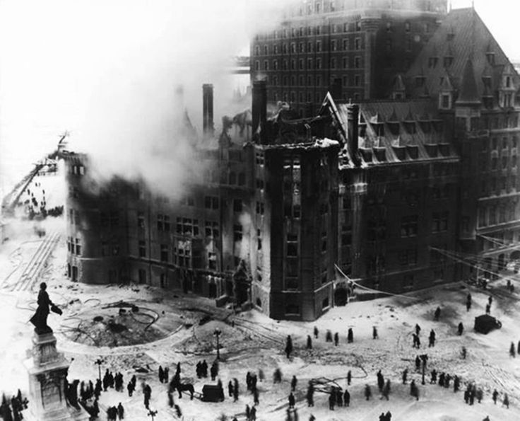 14 janvier 1926 : Le château Frontenac est la proie des flammes!