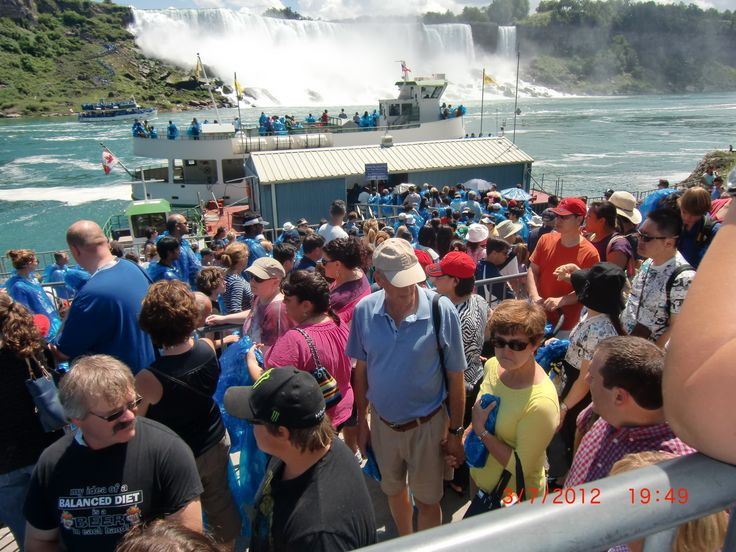 Waiting for Maid of the Mist | 3