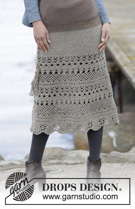 """Virka DROPS kjol i """"Merino Extra Fine"""" med stolpar och hålmönster, virkad uppifrån och ned. Stl S-XXXL ~ DROPS Design"""
